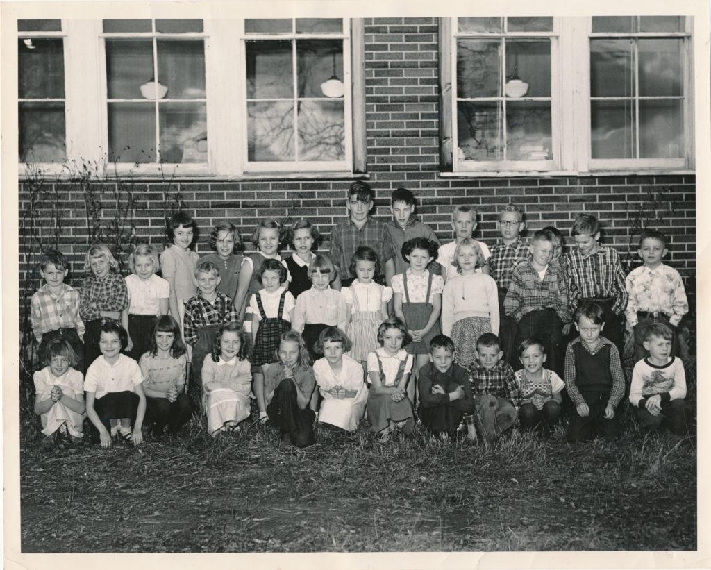 Glen Tay Public School, SS#3 Bathurst Twp, Lanark Co, Ontario, Canada 1953-1954